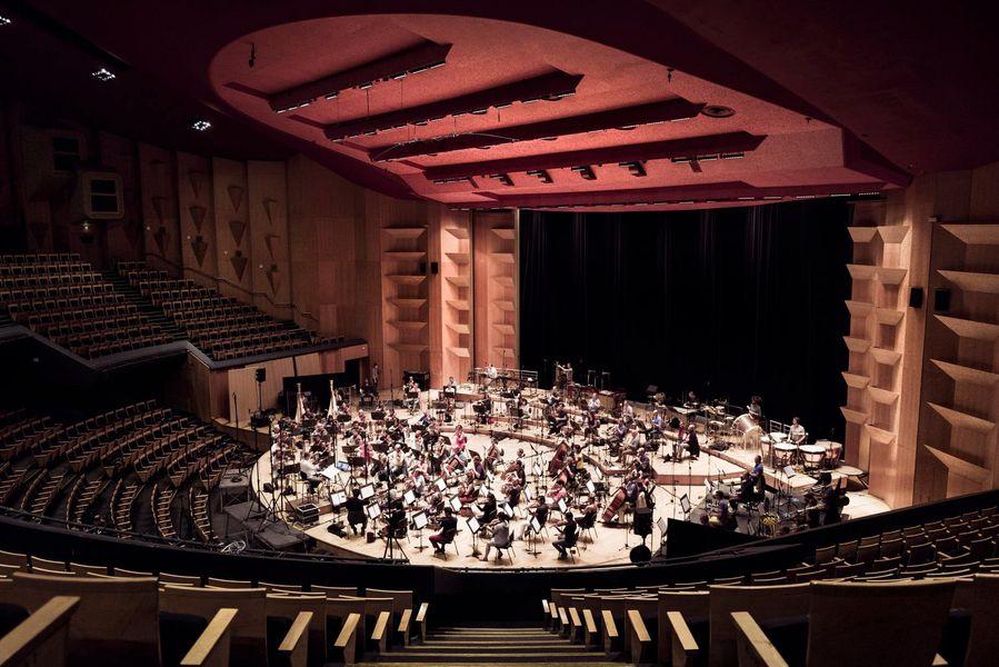 L'Orchestre national de Lyon enregistre la bande originale de Kaamelot- Premier Volet avec Alexandre Astier